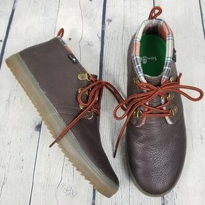 SANUK | Cargo Deluxe mid cut lace-up leather boots